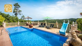 Holiday villas Costa Brava Spain - Villa Elize - Swimming pool
