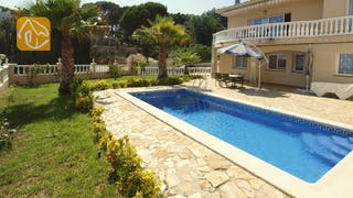 Holiday villas Costa Brava Spain - Villa Estrella - Villa outside
