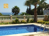 Holiday villas Costa Brava Spain - Villa Estrella - Swimming pool