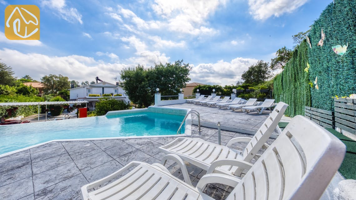 Casas de vacaciones Costa Brava España - Villa Geolouk - Tumbonas
