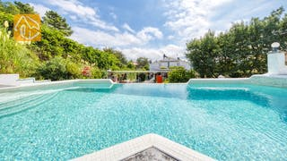 Holiday villas Costa Brava Spain - Villa Geolouk - Swimming pool