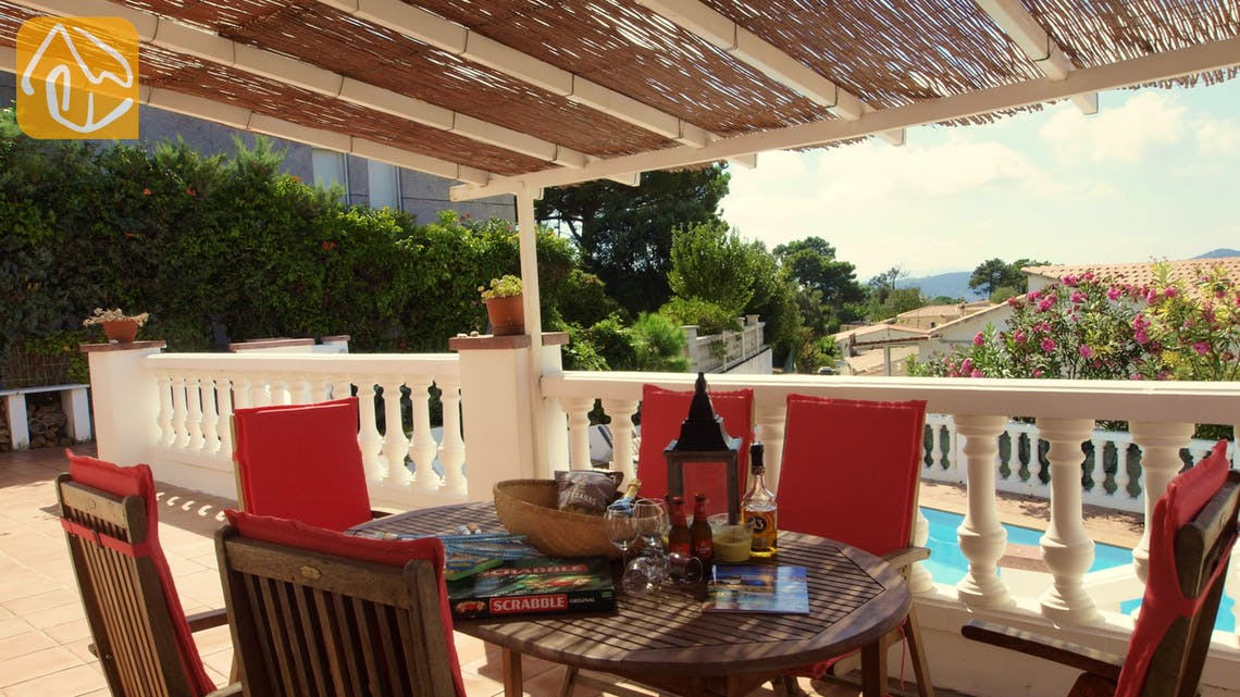 Holiday villas Costa Brava Spain - Villa Liliana - Dining area