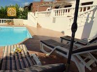 Ferienhäuser Costa Brava Spanien - Villa Liliana - Sonnenliegen