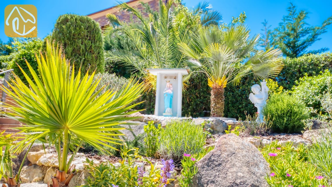 Holiday villas Costa Brava Spain - Villa Jaruco - Garden