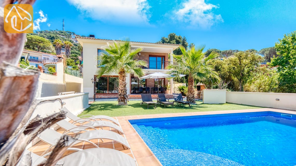 Holiday villas Costa Brava Spain - Villa Marcella - Villa outside