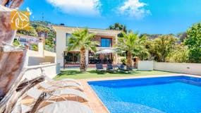 Holiday villa Costa Brava Spain - Villa Marcella - Villa outside