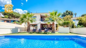 Holiday villa Costa Brava Spain - Villa Marcella - Swimming pool
