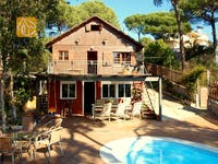 Holiday villas Costa Brava Spain - Villa Carla - Villa outside