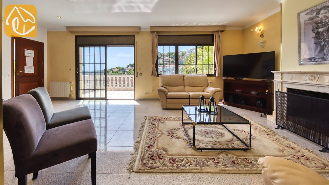 Holiday villas Costa Brava Spain - Villa Paris - Living area