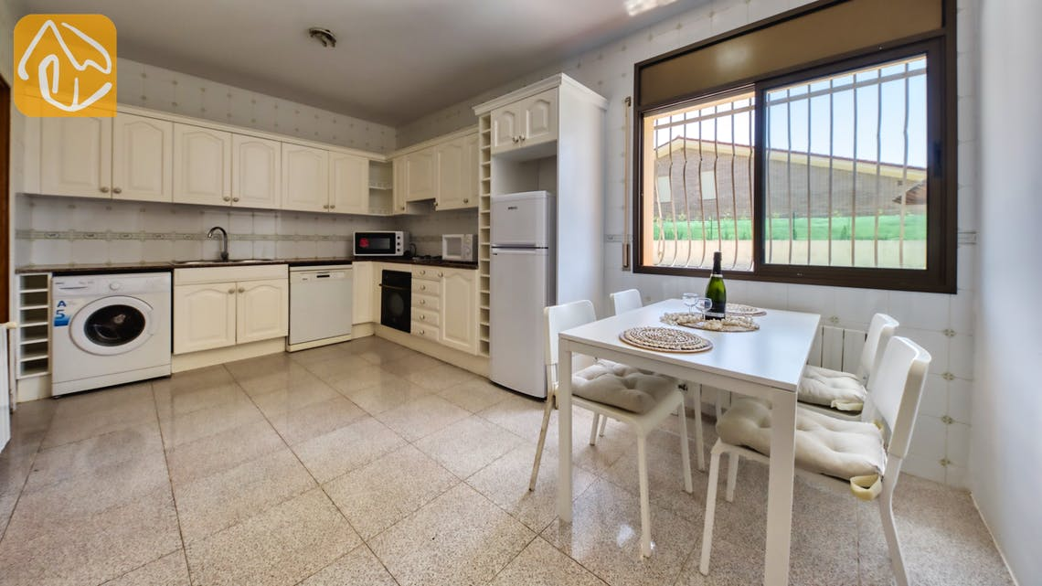 Ferienhäuser Costa Brava Spanien - Villa Paris - Küche