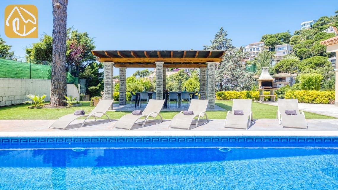 Casas de vacaciones Costa Brava España - Villa Paris - Tumbonas