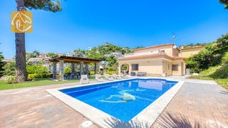 Holiday villas Costa Brava Spain - Villa Paris - Swimming pool