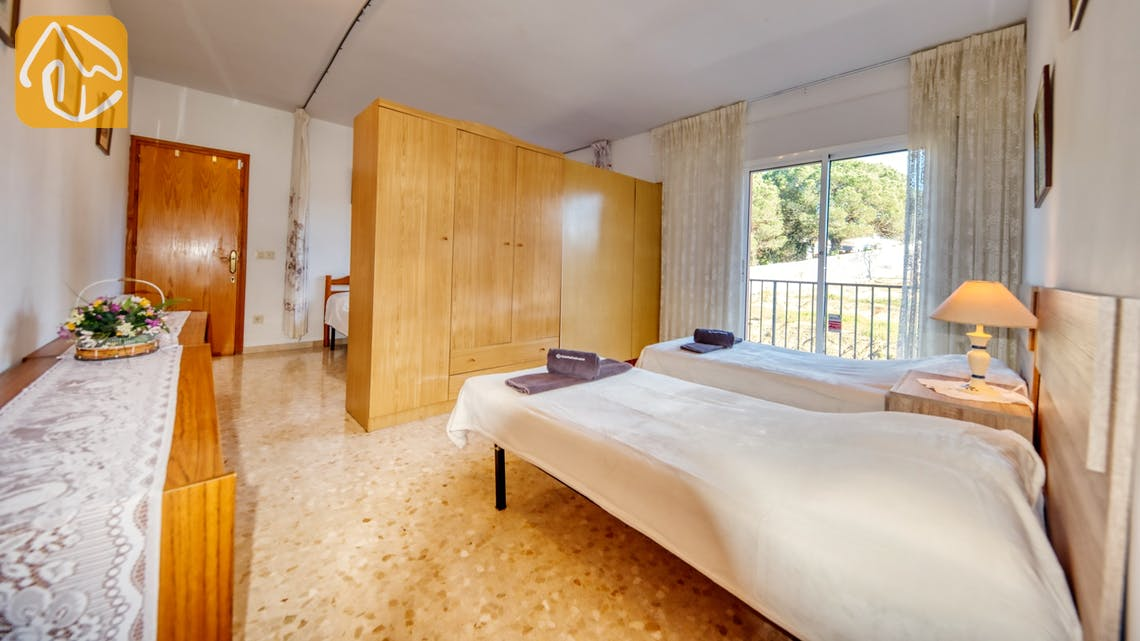 Holiday villas Costa Brava Spain - Villa Joy - Bedroom
