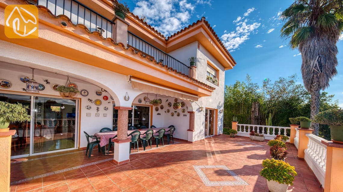 Holiday villas Costa Brava Spain - Villa Joy - Terrace