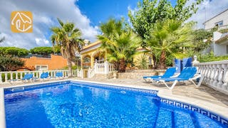 Holiday villas Costa Brava Spain - Villa Manuela - Swimming pool