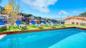 Holiday villa Costa Brava Spain - Villa Donna - Swimming pool