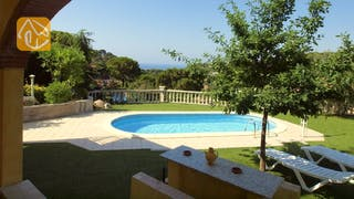 Holiday villas Costa Brava Spain - Villa Genova - Garden