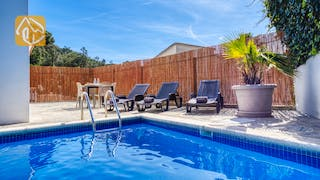 Holiday villas Costa Brava Spain - Villa Rosa - Swimming pool
