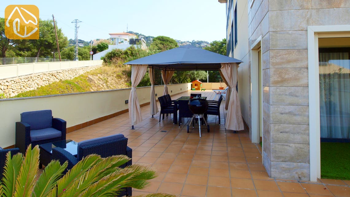 Holiday villas Costa Brava Spain - Apartment Monte Cristo - Communal pool