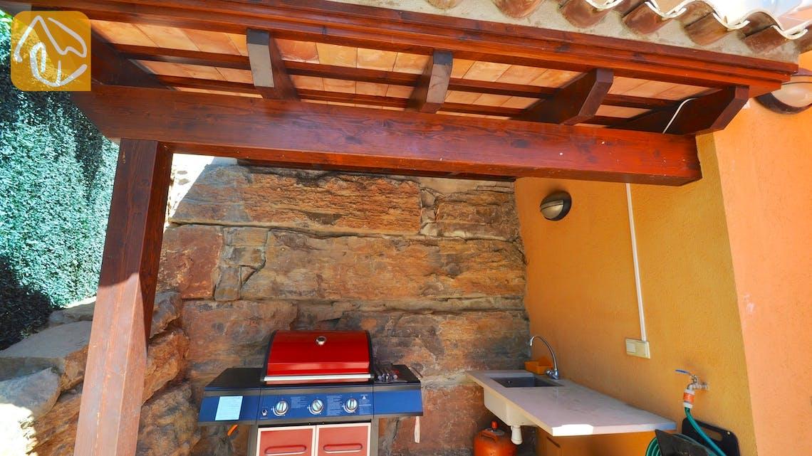 Holiday villas Costa Brava Spain - Villa Rosalia - BBQ Area