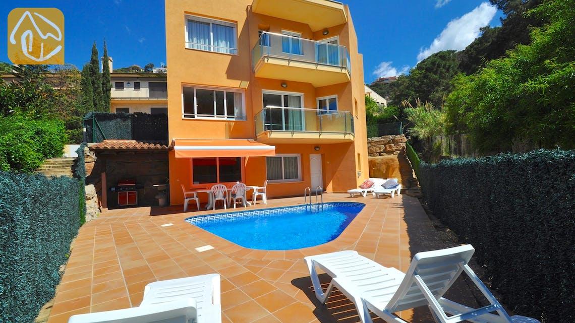 Holiday villas Costa Brava Spain - Villa Rosalia - Villa outside