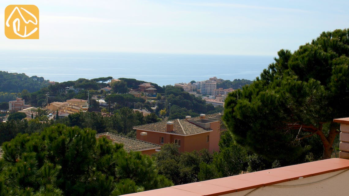 Holiday villas Costa Brava Spain - Villa Capri - One of the views
