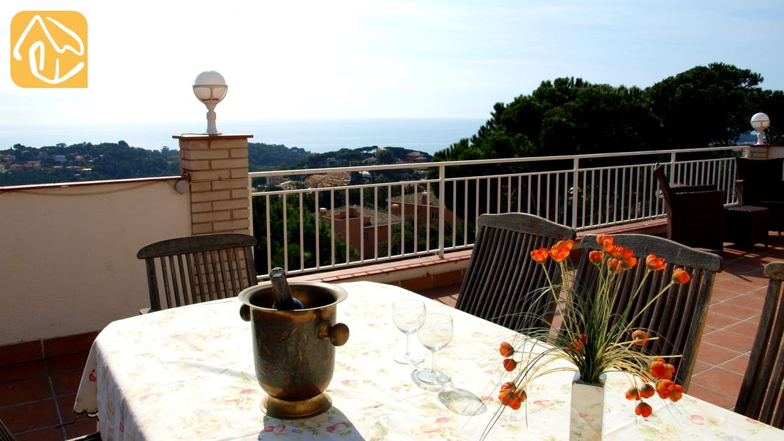 Holiday villas Costa Brava Spain - Villa Capri - Terrace