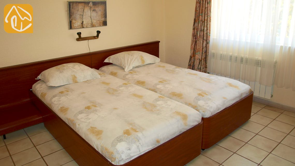 Holiday villas Costa Brava Spain - Villa Capri - Bedroom