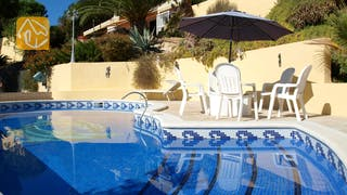 Holiday villas Costa Brava Spain - Villa Capri - Swimming pool