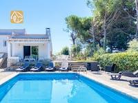 Holiday villas Costa Brava Spain - Villa Violeta - Swimming pool