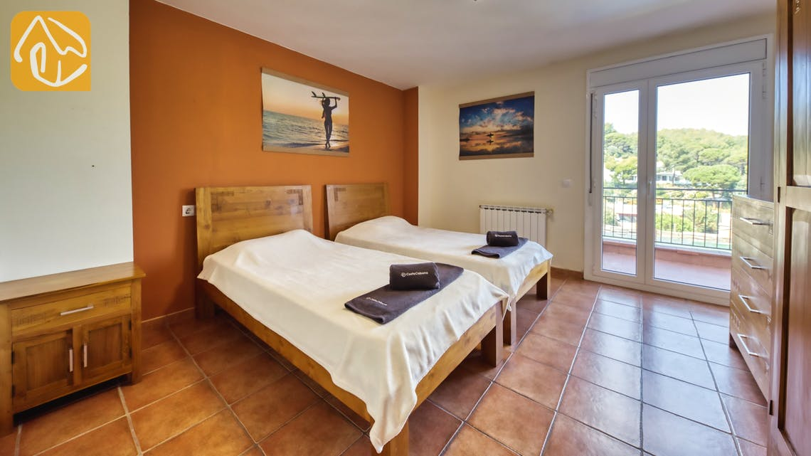 Holiday villas Costa Brava Spain - Villa Nicky - Bedroom