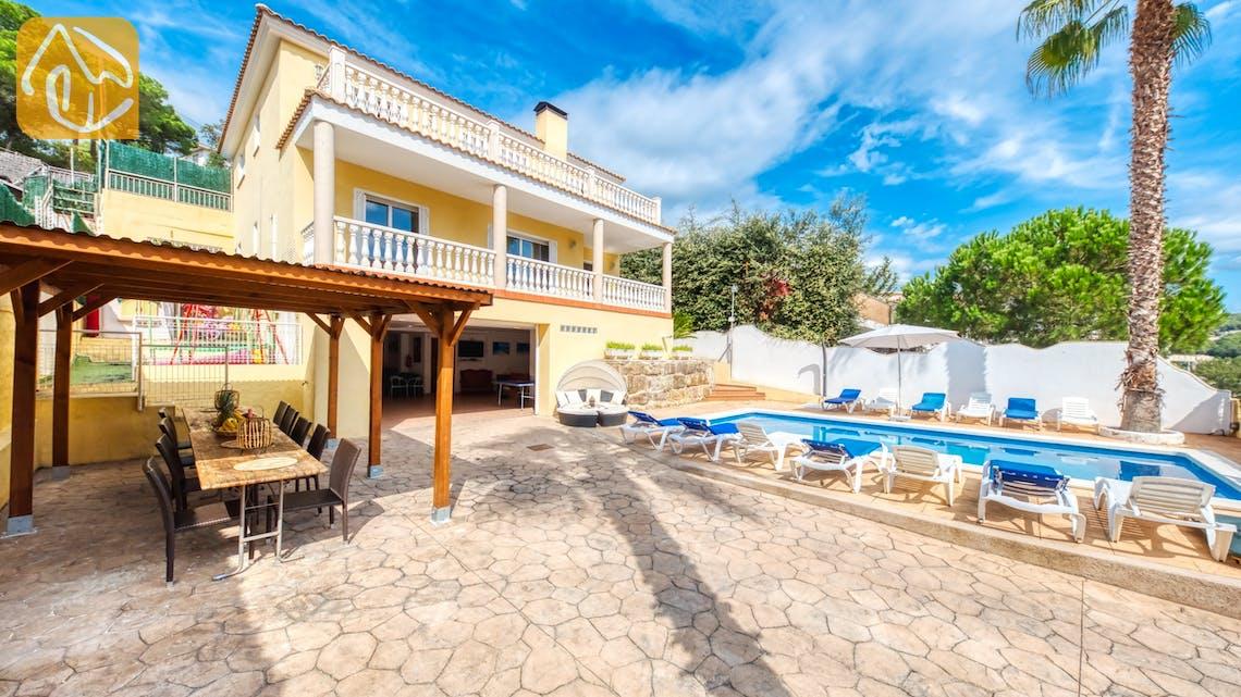 Holiday villas Costa Brava Spain - Villa Ashley - Villa outside