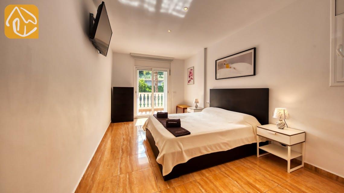 Holiday villas Costa Brava Spain - Villa Ashley - Master bedroom