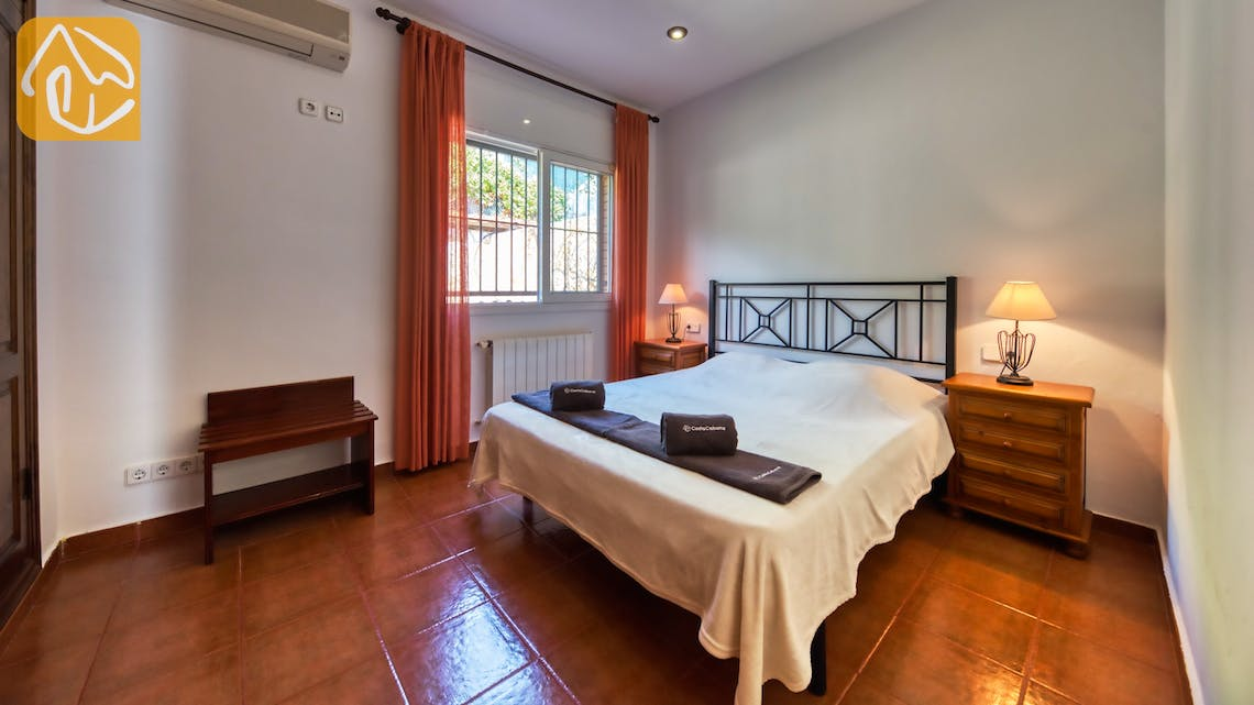 Holiday villas Costa Brava Spain - Villa Alba - Bedroom