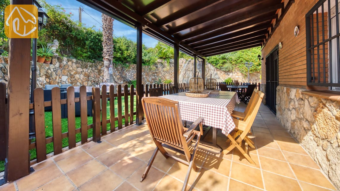 Holiday villas Costa Brava Spain - Villa Alba - Terrace
