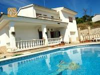Holiday villas Costa Brava Spain - Villa Carmen - Swimming pool