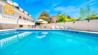 Holiday villas Costa Brava Spain - Villa Marilyn - Swimming pool