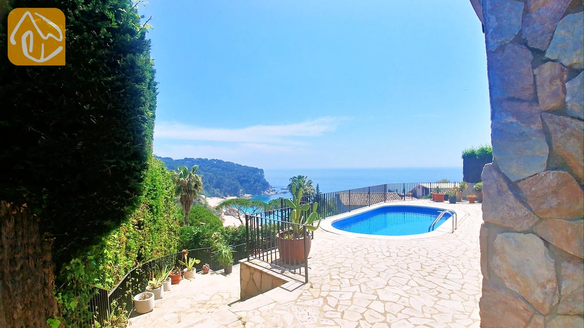 Holiday villas Costa Brava Spain - Villa Flor - One of the views