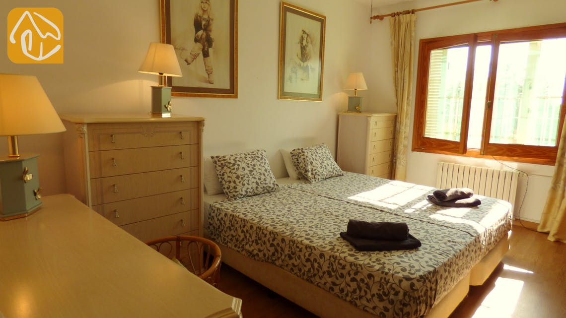 Holiday villas Costa Brava Spain - Villa Eva - Bedroom