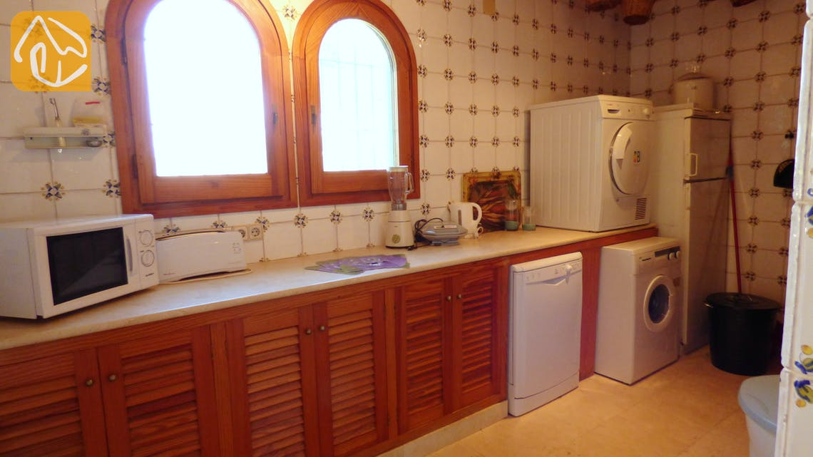 Holiday villas Costa Brava Spain - Villa Eva - Additional kitchen