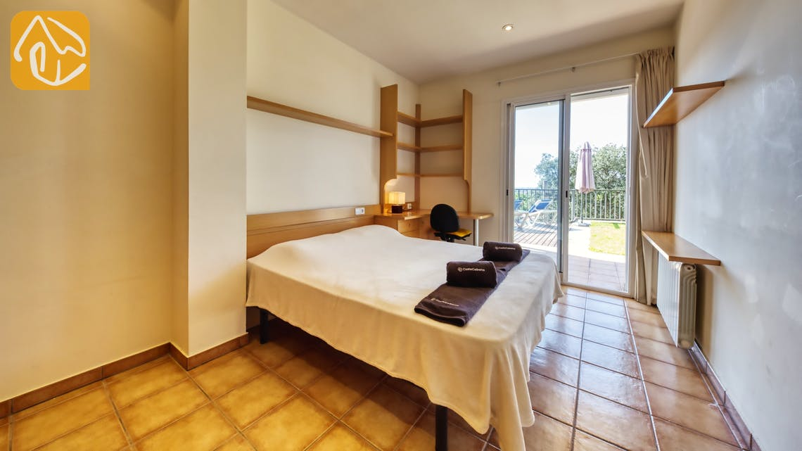 Holiday villas Costa Brava Spain - Villa Mauri - Bedroom