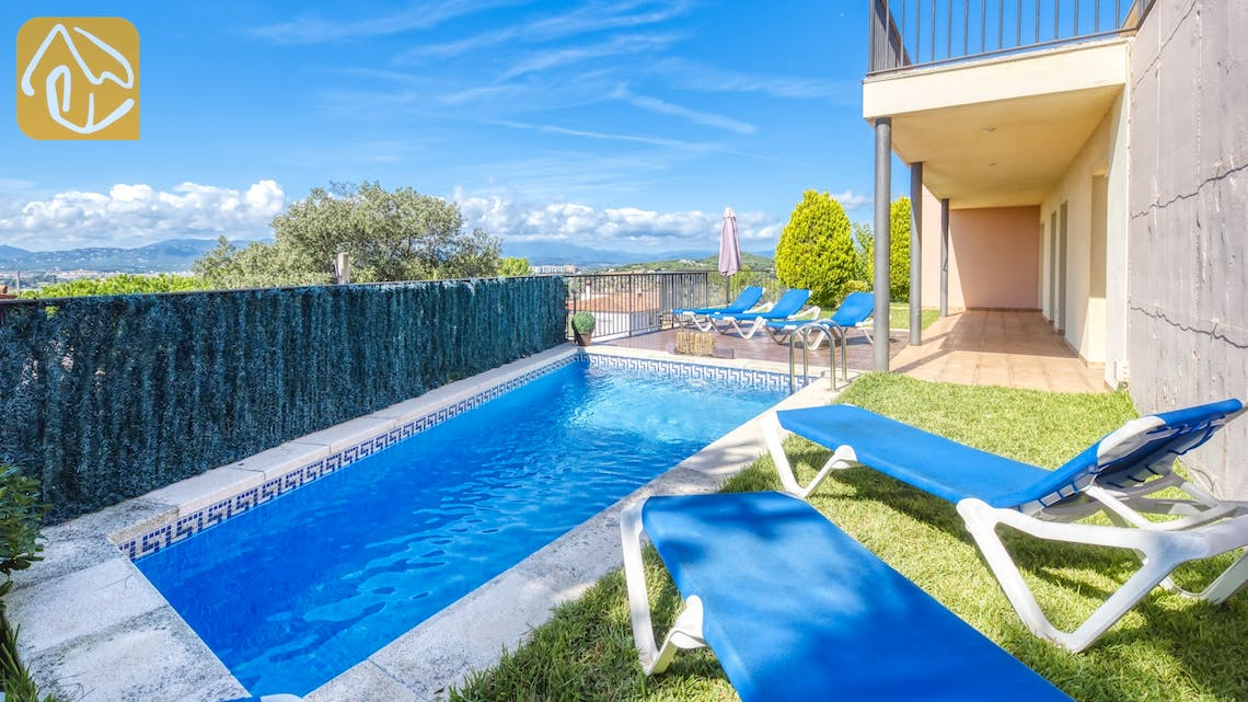 Holiday villas Costa Brava Spain - Villa Mauri - Swimming pool
