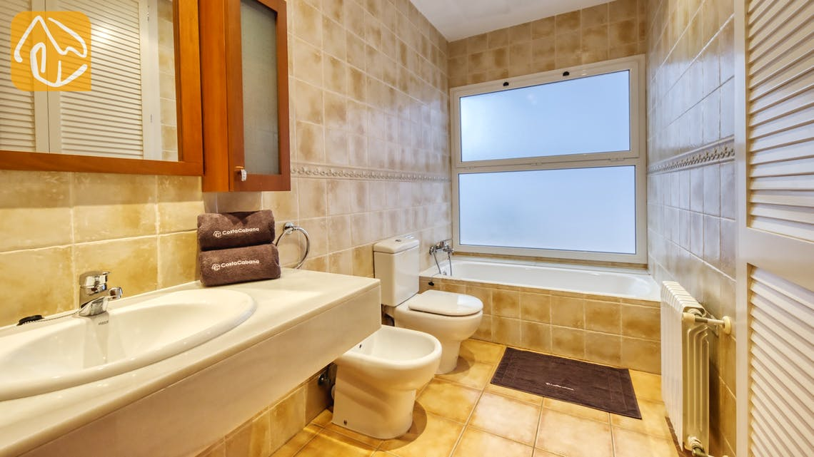 Holiday villas Costa Brava Spain - Villa Mauri - Bathroom
