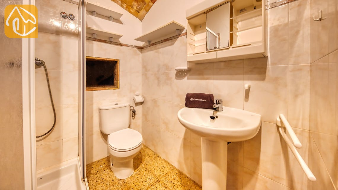 Holiday villas Costa Brava Spain - Villa Can Bernardi - Bathroom