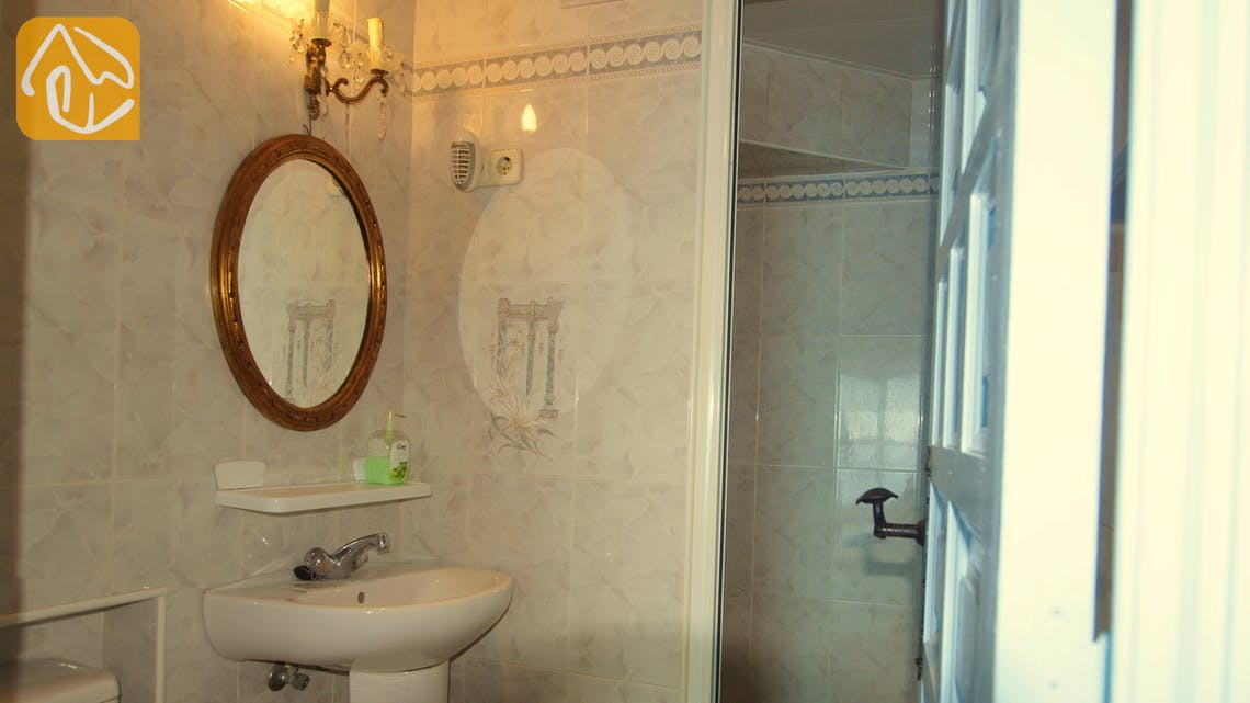 Holiday villas Costa Brava Spain - Villa Infinity - Bathroom