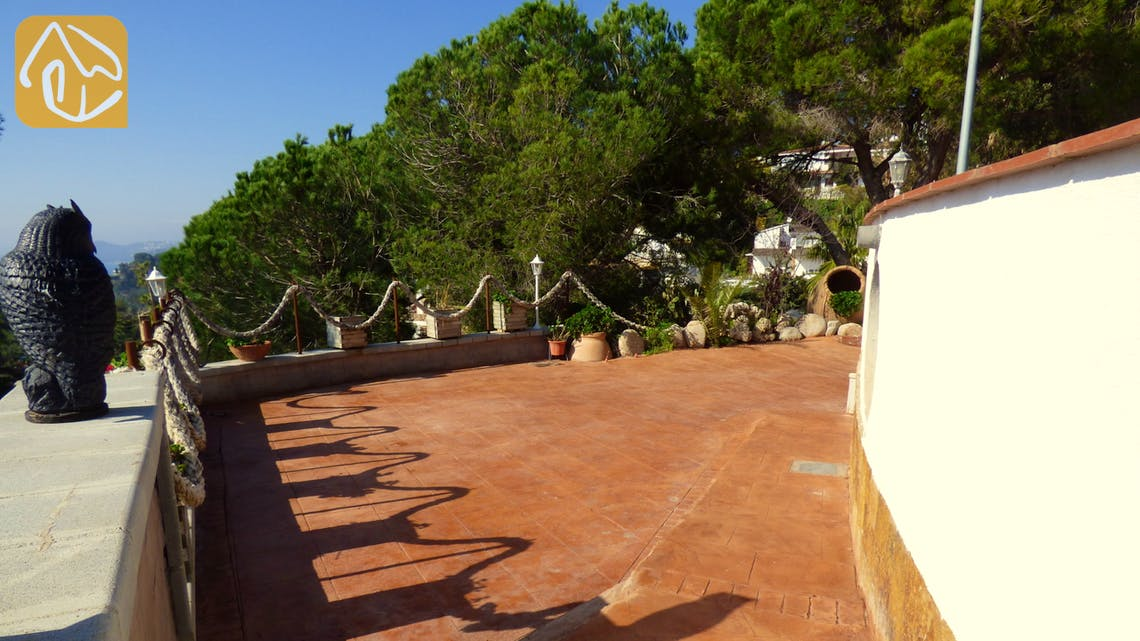 Holiday villas Costa Brava Spain - Villa Infinity - Entrance