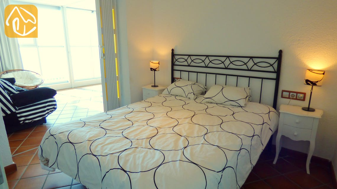 Holiday villas Costa Brava Spain - Villa Infinity - Bedroom
