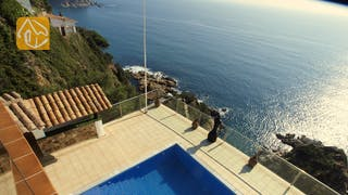 Holiday villas Costa Brava Spain - Villa Infinity - Surroundings