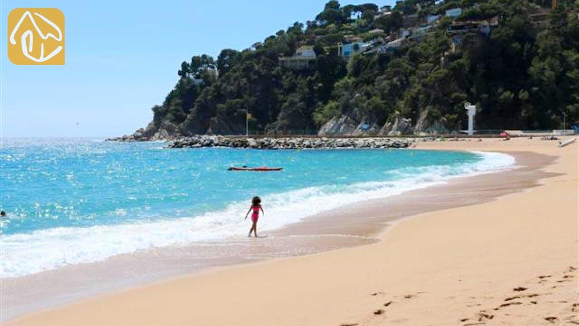 Vakantiehuizen Costa Brava Spanje - Villa Infinity - Dichtstbijzijnde strand