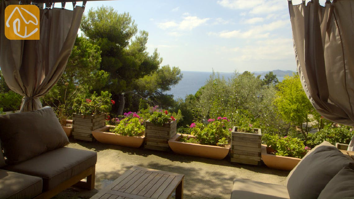 Holiday villas Costa Brava Spain - Villa Infinity - Lounge area
